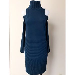 Cold shoulder Sweater Dress w/Turtleneck Size XS
